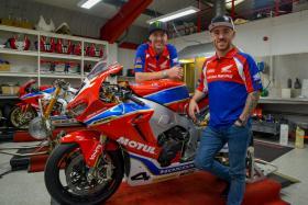 Ian Hutchinson and Lee Johnston to race with Honda Racing for the 2018 season